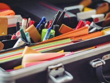 school-supplies-office-pens-53874